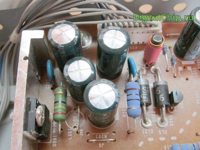 Вздувшиеся конденсаторы